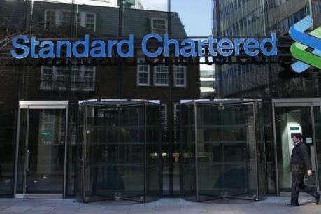 Standard Chartered lỗ ròng 2,36 tỷ USD năm 2015