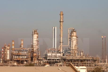 """Báo cáo của Bộ Năng lượng Mỹ """"nhấn chìm"""" thị trường dầu mỏ"""