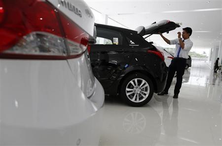 Hướng tới Cộng đồng ASEAN: Lào bãi bỏ thuế nhập khẩu ô tô