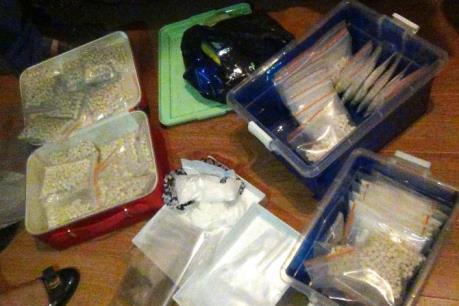 Phá đường dây ma túy, thu hơn 10kg ma túy tổng hợp