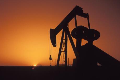 Sản lượng dầu tháng Mười giảm xuống 31,38 triệu thùng/ngày