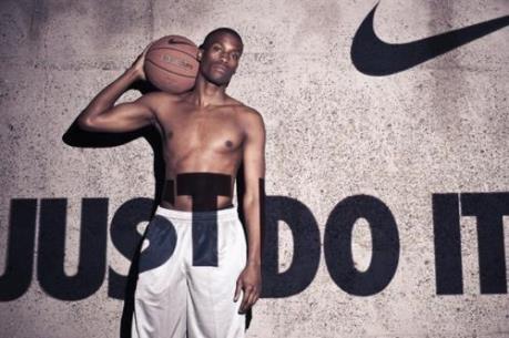 Điều gì khiến Nike hấp dẫn khách hàng?