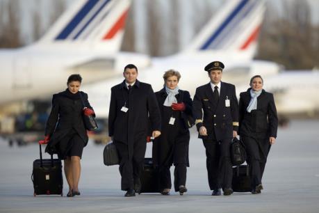 Bị đe dọa đánh bom, máy bay của Air France phải sơ tán khẩn cấp
