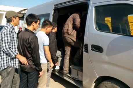 Nhóm lao động Việt Nam đầu tiên tại Algeria về nước