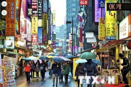 Hàn Quốc thặng dư thương mại tháng thứ 45 liên tiếp