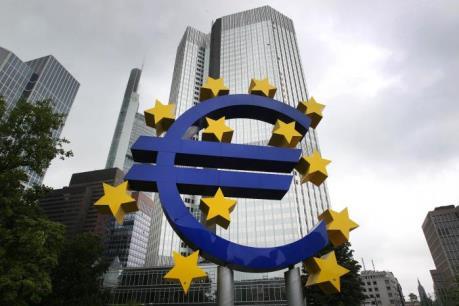 """Khủng bố ở Paris có thể khiến kinh tế Eurozone thêm """"lao đao"""""""