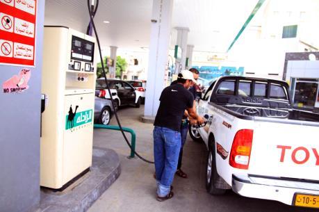 Giá dầu tăng sau khi Mỹ tấn công các cơ sở dầu mỏ của IS