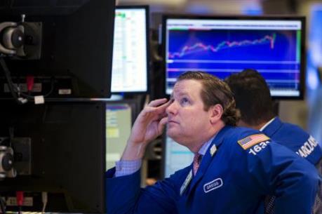 Chứng khoán Mỹ: Nhóm cổ phiếu năng lượng tăng giá trở lại sau vụ khủng bố tại Pháp