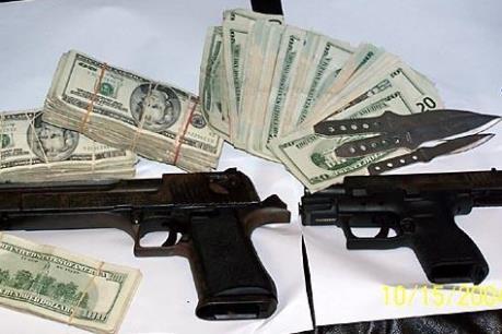 """Thế giới """"loay hoay"""" chặn nguồn tiền cho khủng bố"""