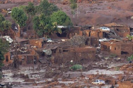 Tình trạng khẩn cấp tại hơn 200 thị trấn sau vụ vỡ đập tại Brazil
