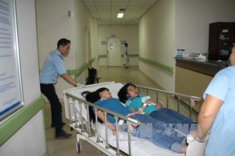 Đồng Nai: Hơn 100 công nhân nghi ngộ độc thực phẩm phải nhập viện cấp cứu