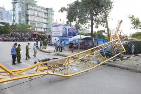 Hải Phòng: Sập cần cẩu tại công trường khiến 2 người thương vong