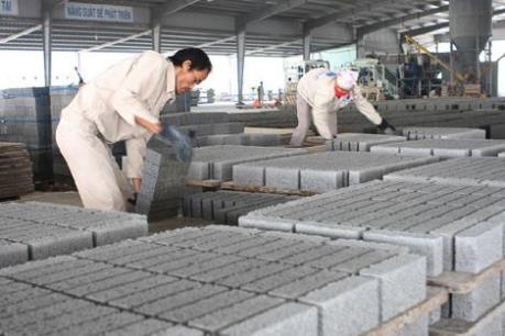 Tận thu tro xỉ thải để sản xuất vật liệu xây dựng