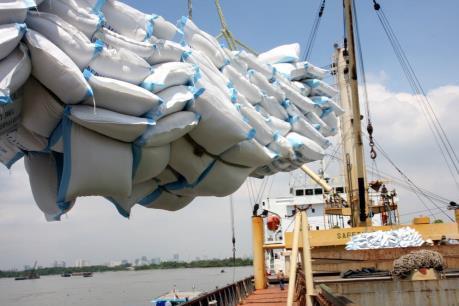 Xuất khẩu tăng thấp nhất trong 5 năm qua