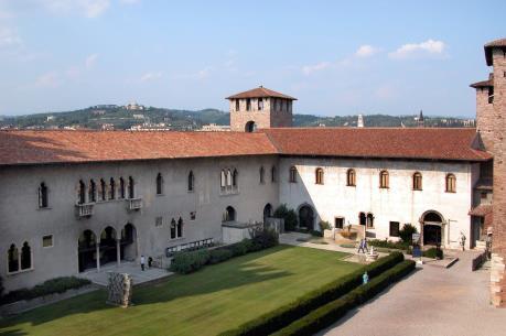 17 bức tranh tại Bảo tàng Castelvecchio bị cướp