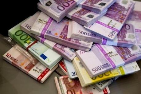 Đồng Euro giảm thấp nhất vòng bảy tháng vừa qua