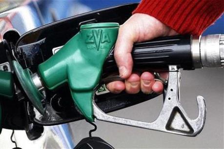 Giá dầu đi lên trước việc Mỹ giảm số dàn khoan hoạt động
