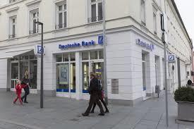 Tránh bị truy tố, Deutsche Bank chấp nhận nộp phạt 31 triệu USD