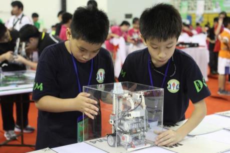 Việt Nam đoạt nhiều giải cao tại Ngày hội Robothon quốc tế 2015