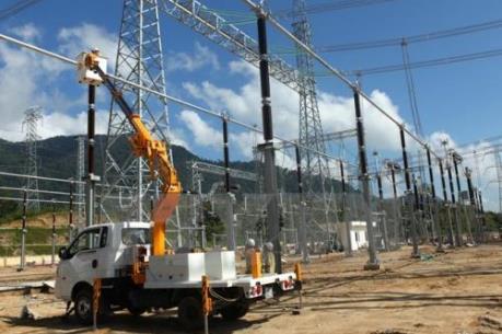 Cắt điện 63 ngày thi công các đường dây 220kV ở Bắc Trung Bộ
