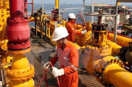 Doanh thu của PVN giảm mạnh do giá dầu thô giảm