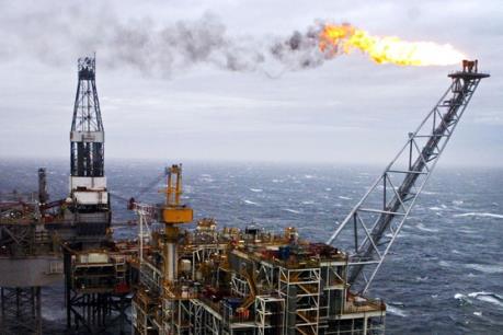 Dầu Brent xuống giá trước thềm cuộc họp của OPEC