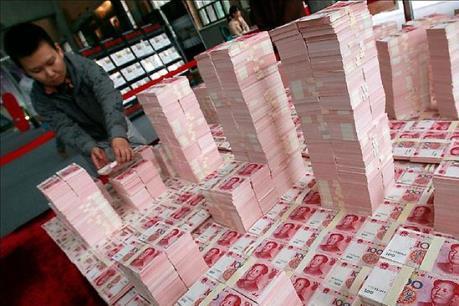 IMF quyết định đưa đồng NDT của Trung Quốc vào giỏ tiền tệ quốc tế