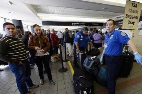 Mỹ siết chặt rà soát du khách từ 38 quốc gia
