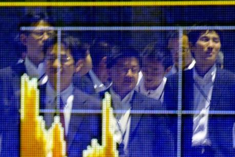 Chứng khoán châu Á đi lên bất chấp số liệu tiêu cực từ kinh tế Trung Quốc