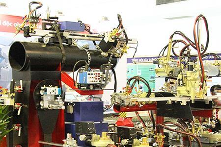 Khai mạc Triển lãm quốc tế máy móc thiết bị, nguyên phụ liệu và sản phẩm công nghiệp