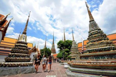 5 người Việt bị thương trong vụ tai nạn xe khách ở Thái Lan