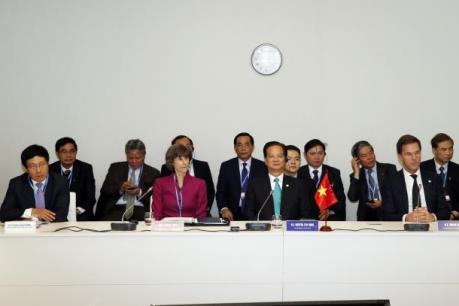 Thủ tướng Nguyễn Tấn Dũng tham dự COP21 là hoạt động đối ngoại hàng đầu