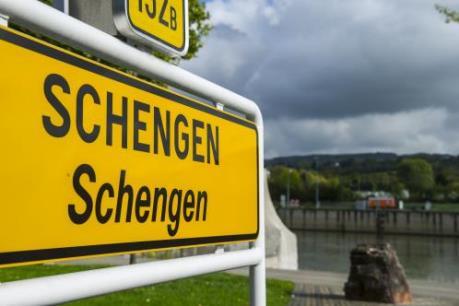 EU cân nhắc tạm ngừng Hiệp ước Schengen trong hai năm