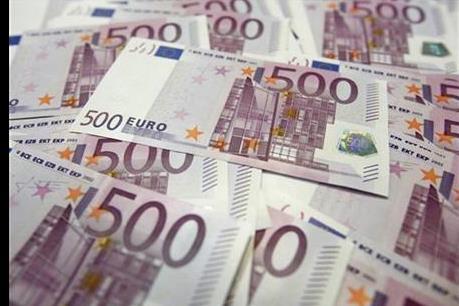 Euro vẫn vững giá sau quyết sách của ECB