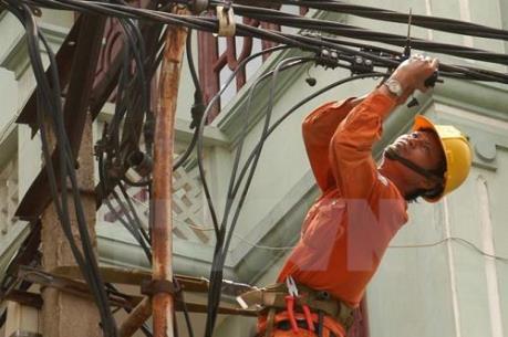 Hà Nội miễn phí lắp đặt công tơ điện cho khách hàng