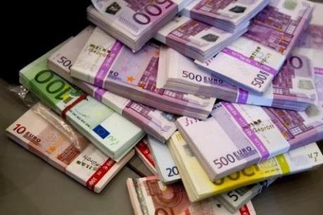 Đồng euro thiệt nhất khi đồng NDT gia nhập SDR