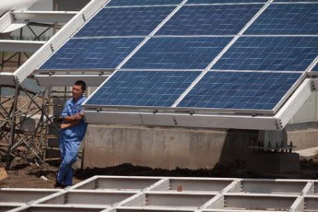EU gia hạn áp dụng hạn ngạch nhập pin Mặt Trời Trung Quốc