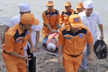 Diễn tập tìm kiếm cứu nạn hàng hải trong vùng nước cảng biển