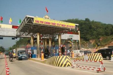 Dân ngăn cản hoạt động Trạm thu phí giao thông BOT Xuân Mai vì phí cao