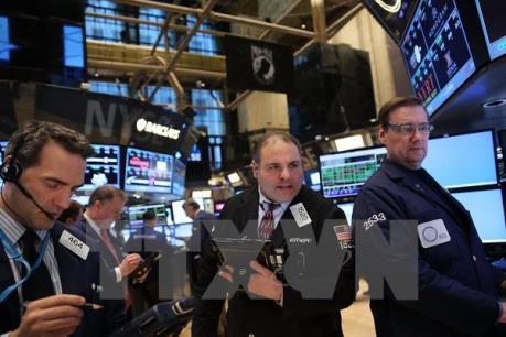 Cổ phiếu ngành năng lượng kéo chứng khoán Mỹ thoái lui