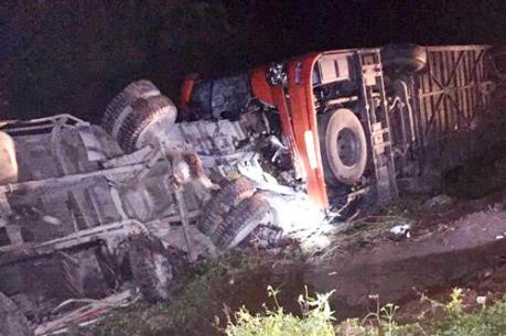 Khẩn trương điều tra vụ tai nạn đặc biệt nghiêm trọng trên cao tốc Pháp Vân - Cầu Giẽ
