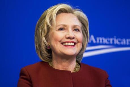 Bầu cử Mỹ 2016: Cựu Ngoại trưởng H. Clinton cam kết cứng rắn với Phố Wall