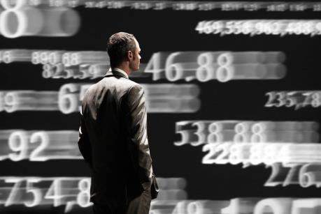Cổ phiếu ngân hàng và dầu khí kéo Vn-Index xuống 565 điểm