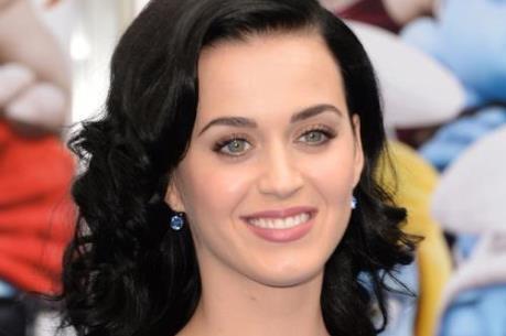 Katy Perry kiếm được nhiều tiền nhất năm 2015
