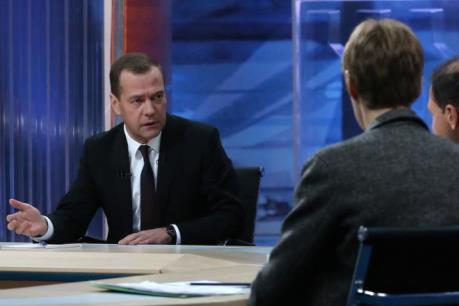 Thủ tướng Medvedev: Kinh tế Nga đã vượt qua giai đoạn khó khăn nhất
