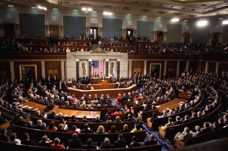 Quốc hội Mỹ thông qua dự luật chi tiêu ngắn hạn