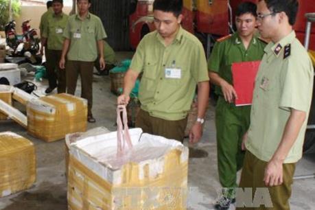 2,5 tấn nội tạng động vật bốc mùi hôi thối bị bắt giữ