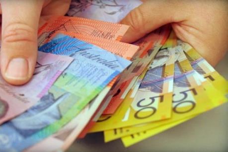 Australia thâm hụt ngân sách ngoài dự kiến