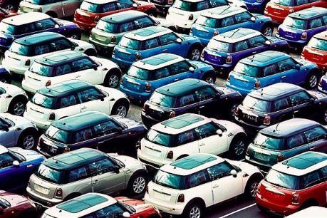 Doanh số bán ô tô tại châu Âu tăng mạnh