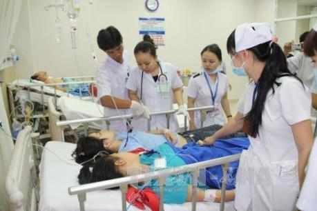 Đình chỉ hoạt động cơ sở cung cấp bữa ăn gây ngộ độc tập thể tại Bình Phước